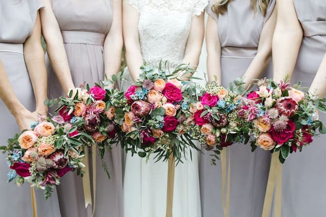 bridal and bridesmaids bouquets