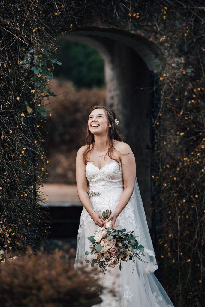 gorgeous bridal flowers